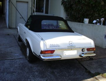 Mercedes 230sl car restoration